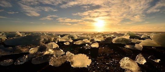 Gletsjermeer Jökulsárlón & zuidkust - Dagtrip in een kleine groep