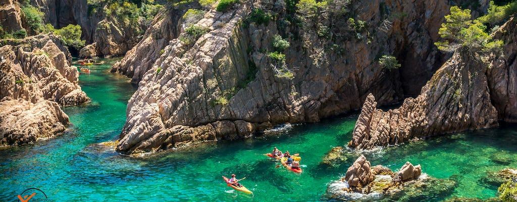 Esperienza di kayak e snorkeling nella Costa Brava
