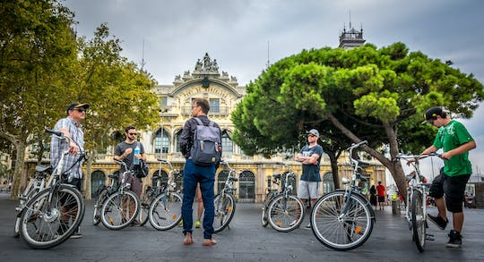 Barcelona highlights city bike tour