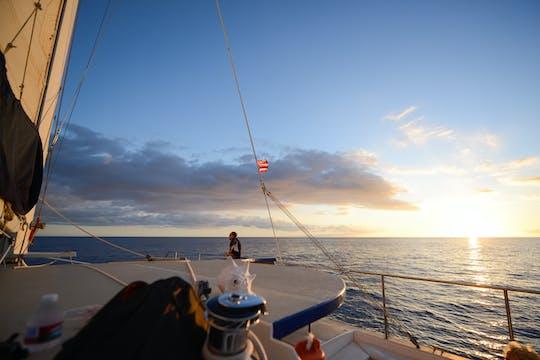Гавайи закат катамаран экскурсия на яхте