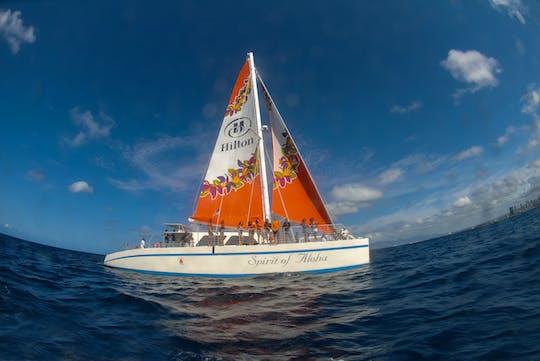 Excursão de catamarã e mergulho com snorkel no Havaí