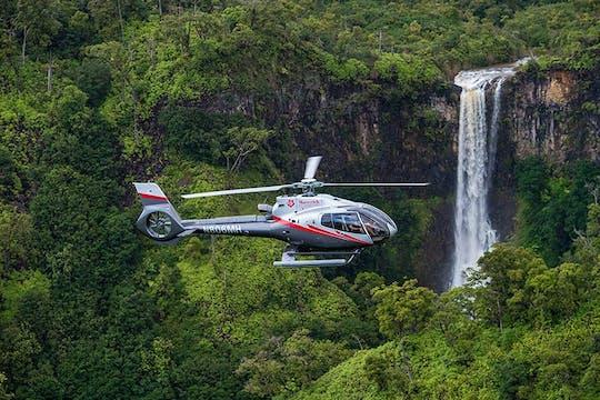 Discover Kauai helicopter flight