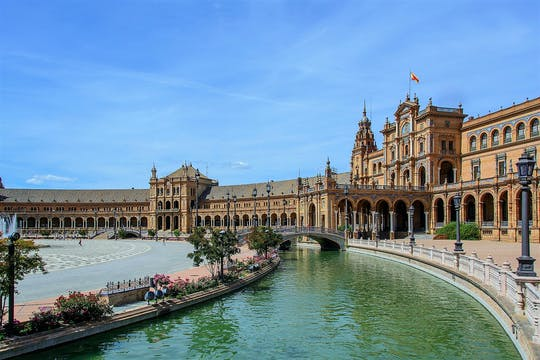 Seville group walking tour