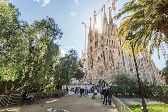 Montserrat and Sagrada Familia full-day guided tour