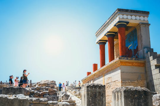 Knossos palace skip-the-line ticket with audio tour on your phone