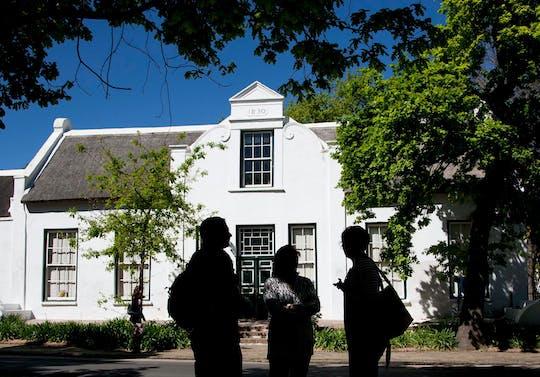 Stellenbosch cucina tradizionale e passeggiata nel vino