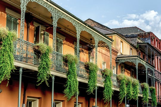 French Quarter Secrets walking tour with Museum visit, Seance Room and Beignet tasting