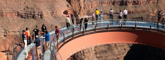 Grand Voyager air and boat tour with Skywalk from Las Vegas