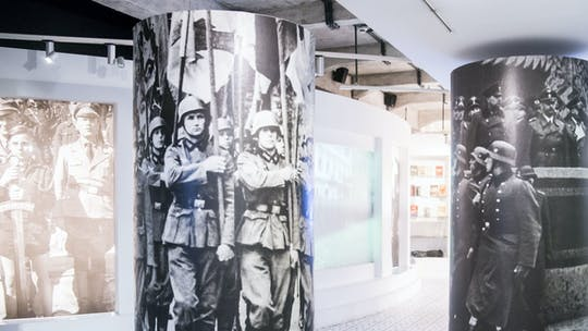 Wycieczka z przewodnikiem po Fabryce Emalia Oskara Schindlera