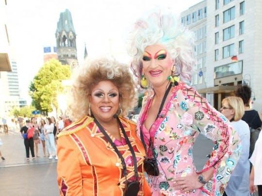 Olivia Jones' Berlin Kieztour mit Gloria Glamour