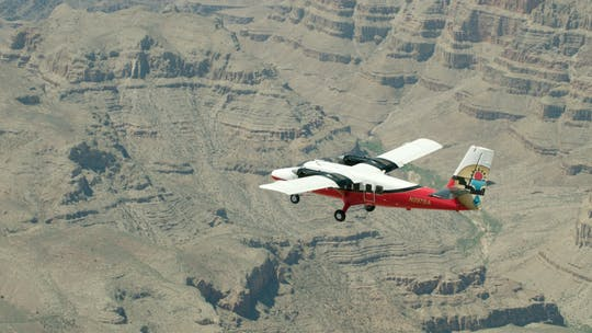 Grand Discovery scenic flight and Hummer tour from Grand Canyon