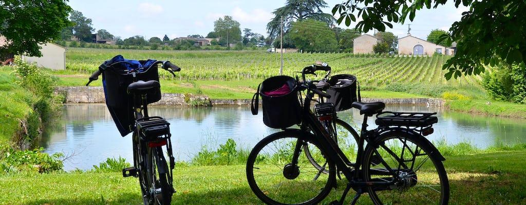 Bike tour in heart of Saint-Emilion's vines