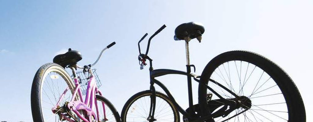 À vélo et à pied