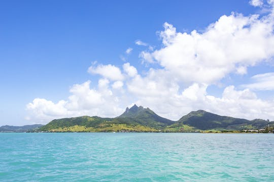 Île aux Cerfs Catamaran Cruise