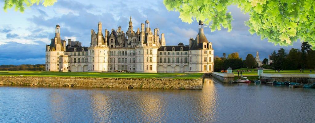 Journée prestige autour des grands vins et visite de châteaux de la Loire depuis Paris