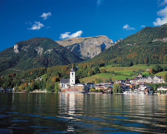 Half-day trip to Salzburg's lakes and mountains region