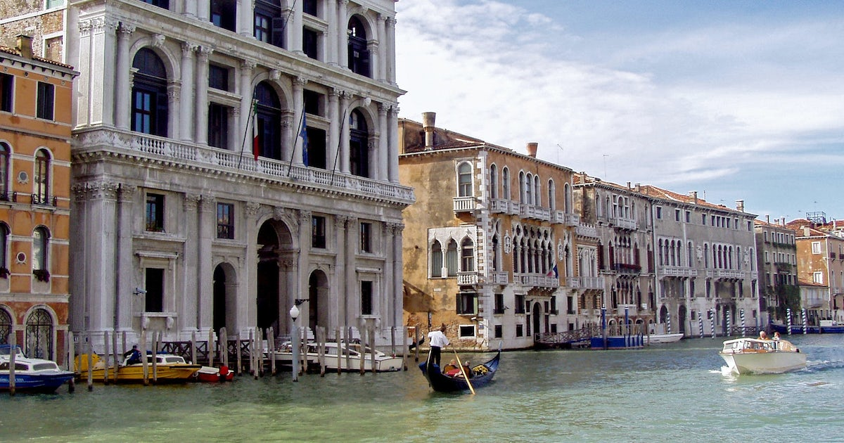 Private tour of Palazzo Grimani and its surroundings in Venice