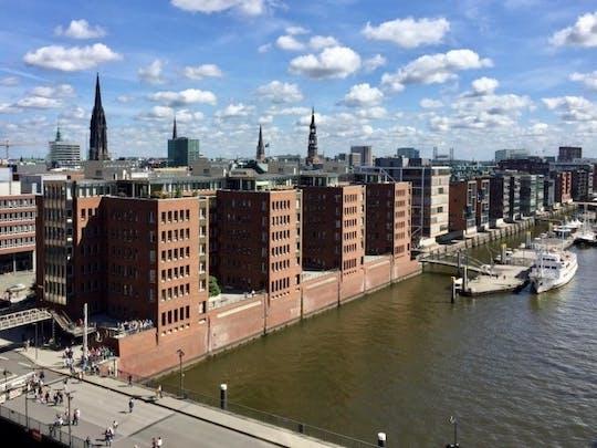 Private Hamburg Tour - Rathaus, Speicherstadt und HafenCity