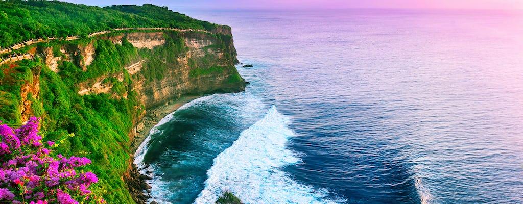 Classic Bali Tour: Uluwatu and BBQ at Jimbaran bay