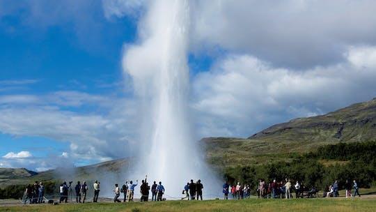 Golden Circle tour & visit to organic greenhouse Friðheimar