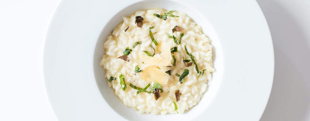 Risotto cooking experience near the Walls of Verona
