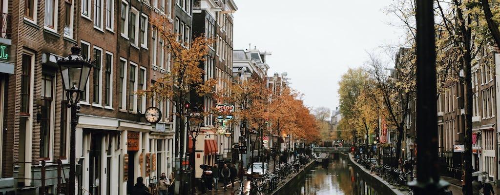 Historia zwiedzania centrum Amsterdamu z przewodnikiem