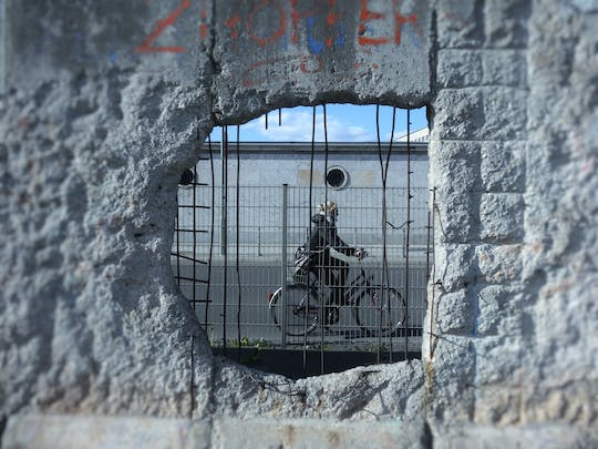 The Berlin Wall and Cold War guided walking tour