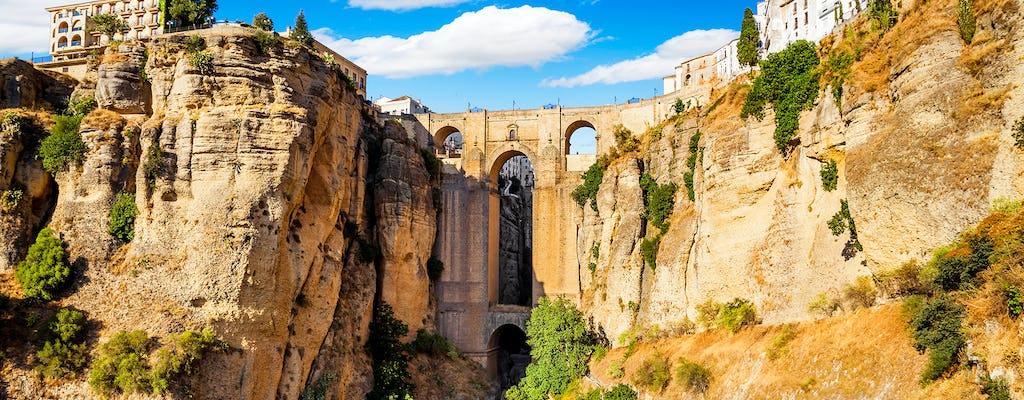 Excursión a Ronda con visita a una bodega desde Benalmádena, Torremolinos o Nerja