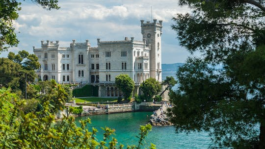 Skip-the-line ticket to Miramare Castle with private transfer from Trieste train station