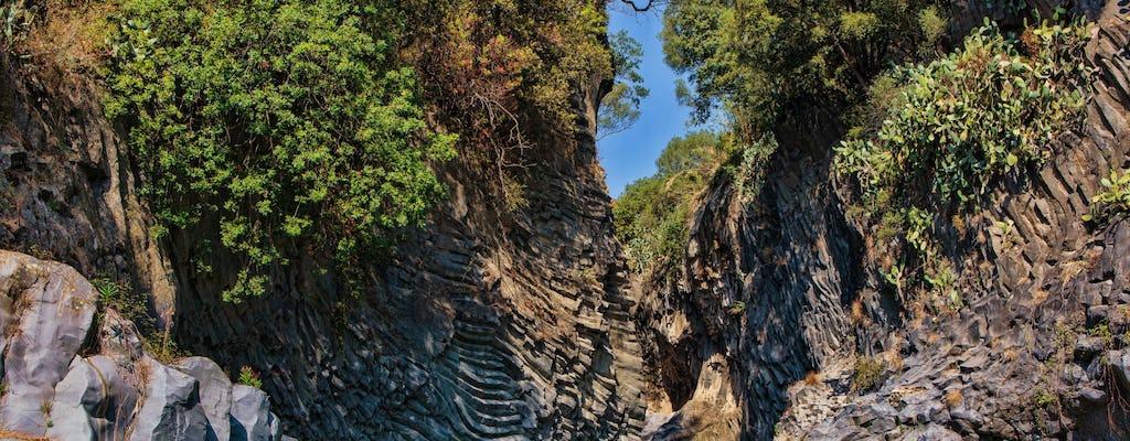 Excursão pelas Gargantas do Etna e Alcântara