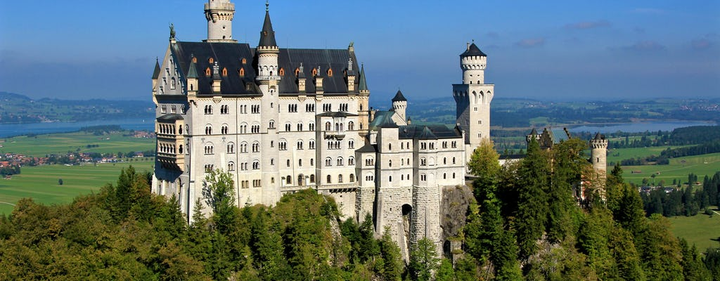 Całodniowa wycieczka do zamku Neuschwanstein i pałacu Linderhof z Monachium