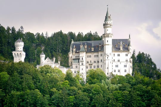 Tour VIP pelo Palácio Linderhof e pelo Castelo de Neuschwanstein com saída de Munique