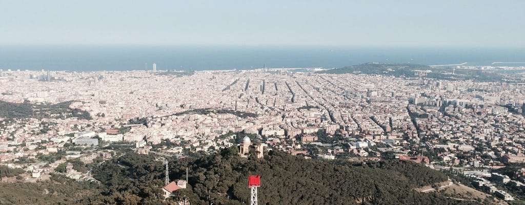 Pontos de vista de Barcelona e caminhada do Parque Natural Tibidabo