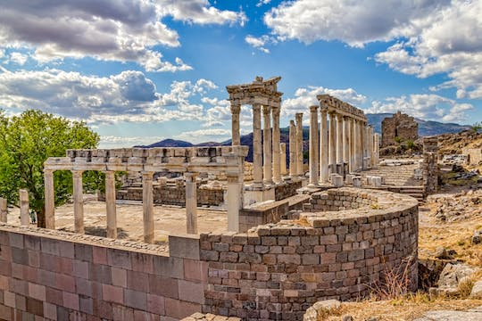 Ancient Pergamum full-day tour by Bus from Istanbul