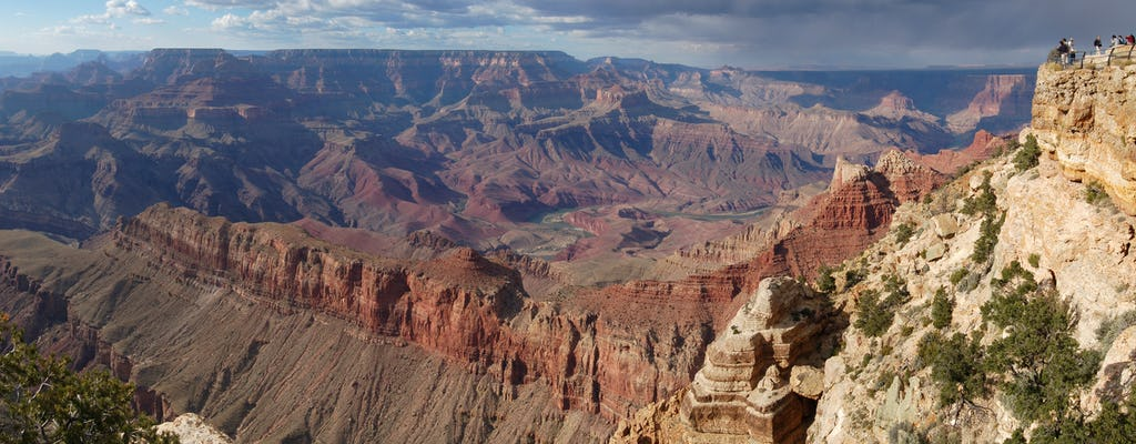 Colors and Canyons Grand Canyon Helicopter day tour from Phoenix