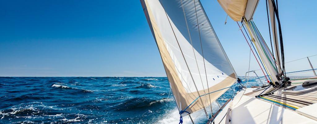 Paseo en barco por Barcelona para 2 personas