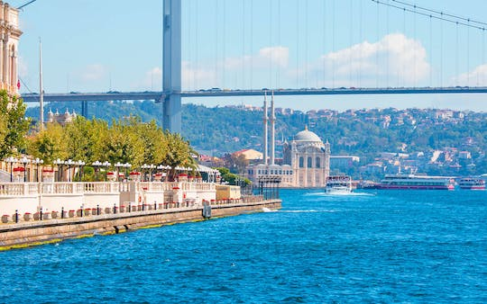 Hop on Hop off Bosphorus Tour