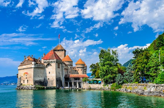 Montreux and Chillon castle day tour from Lausanne by bus