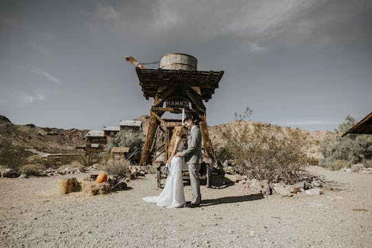 Nelson's Landing ghost town wedding package with limousine from Las Vegas