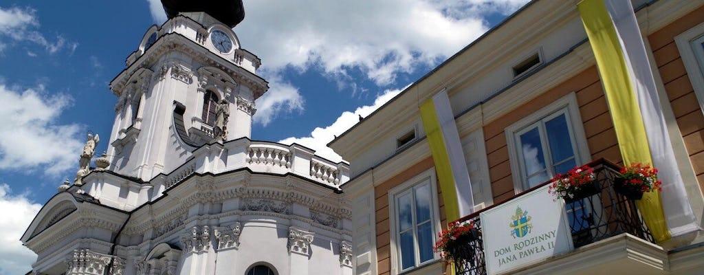 Excursão de peregrinos à cidade natal de João Paulo II, Wadowice, de Cracóvia