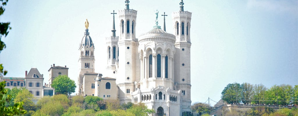 Guided hike on the Fourvière hill