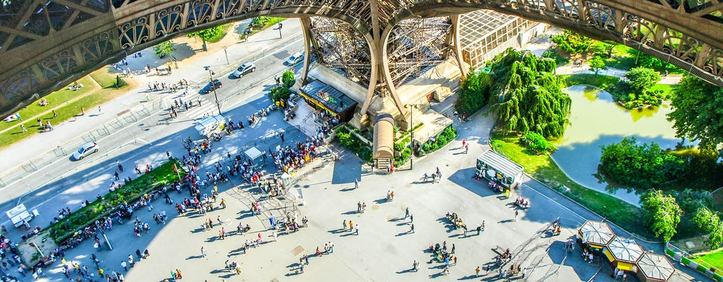 Eiffel Tower tour with Summit access and timed entry
