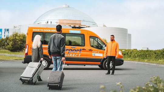 Direct bus transfer between Keflavík Airport and Reykjavik city