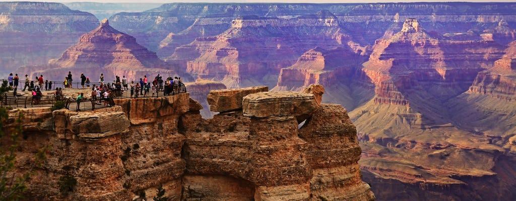 Luxe bustour naar Grand Canyon National Park South Rim met wandeltochtoptie