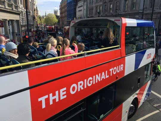 The Original Tour London - Pass per bus 24 ore su 24 con biglietti per il parco a tema