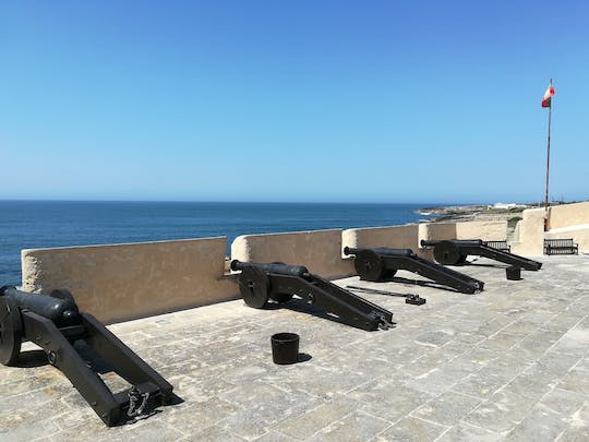 Maritime fortifications in Cascais private tour