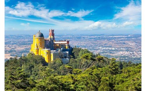 Romantic Sintra and amazing Cabo da Roca and Cascais small-group tour from Cascais
