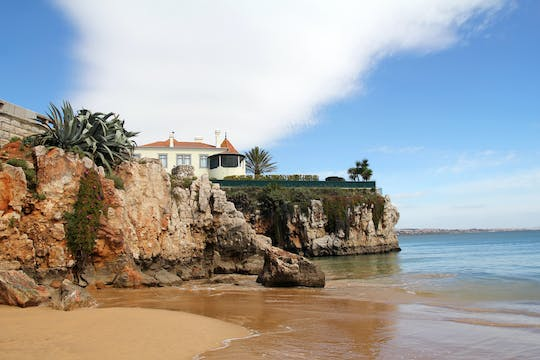 Small-group tour through the romantic Sintra and amazing Cabo da Roca and Cascais