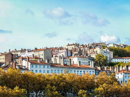 Private guided walking tour of the Croix Rousse
