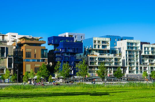 Private guided walking tour of the Confluence district